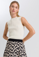 Knitted top from lurex rib