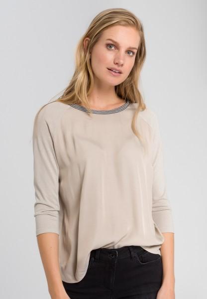 Shirt with lurex thread