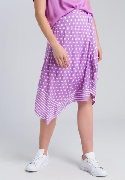 Midi skirt with a hanky hem and belt