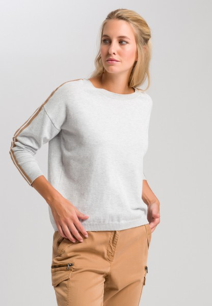 Jumper with contrasting striped tape