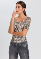 T-shirt with leo print