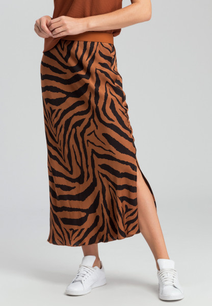 Skirt with tiger pattern