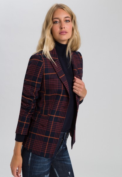 Blazer in fashionable check
