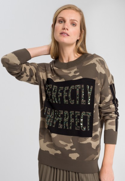 Jumper with rhinestone writing