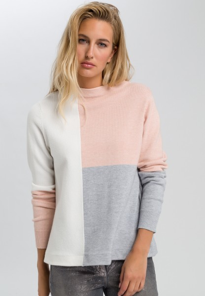 Jumper with colour blocking