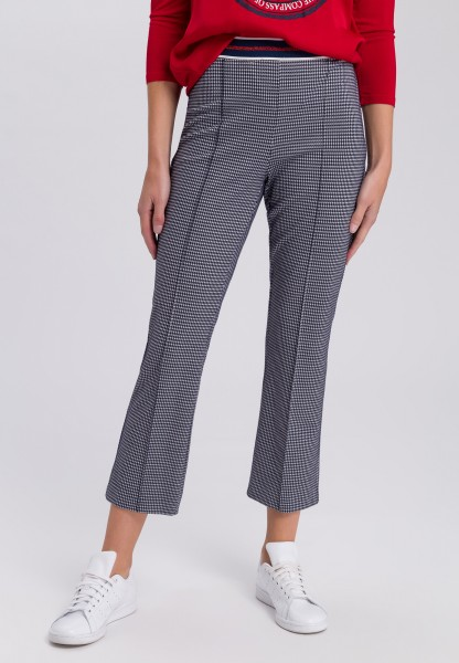 Trousers with dog-tooth check