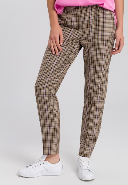 Trousers in checked design