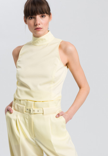 Bluse top with turtleneck