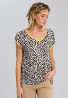 T-shirt in leopard design