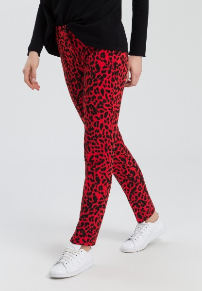 Trousers in an animal print