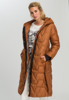Outdoor coat With decorative quilting