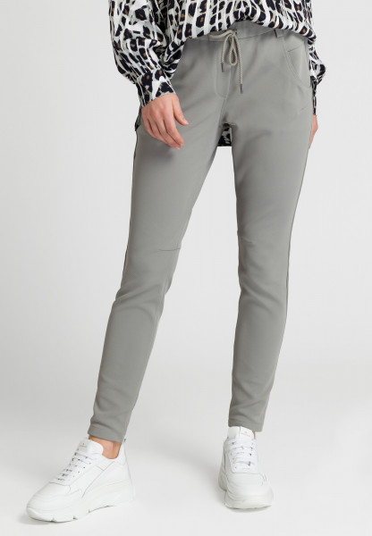 Joggers in twill jersey quality