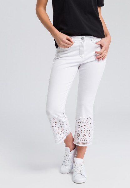 7/8 trousers with hole point hem
