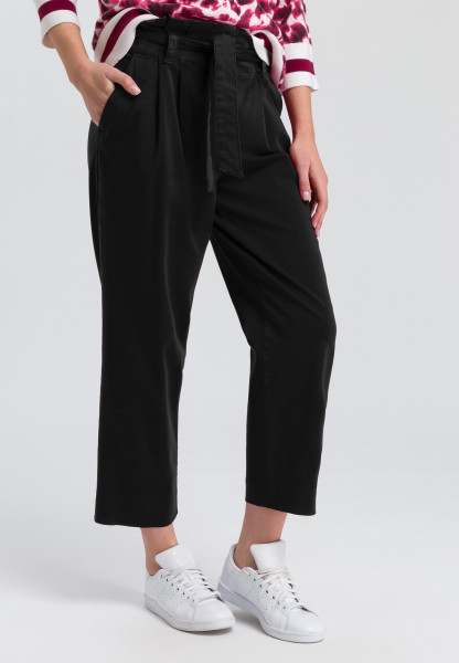 Paper bag trousers with tie belt