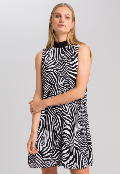 Pleated dress with zebra print