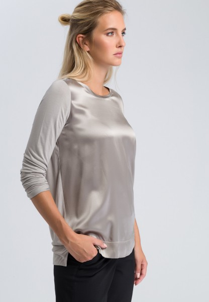 Blouse top with a shiny finish
