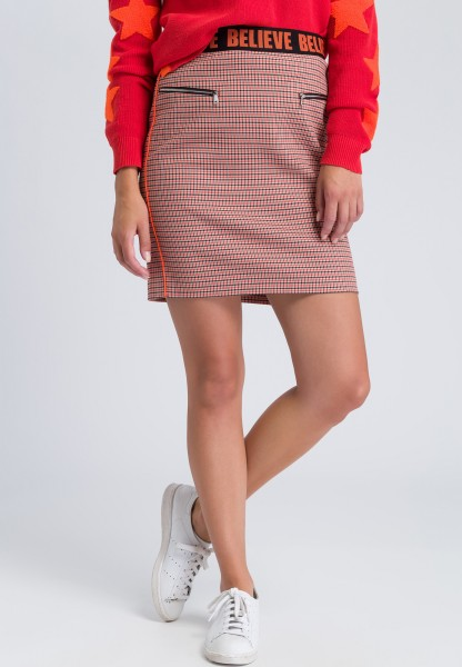 Mini skirt with neon piping