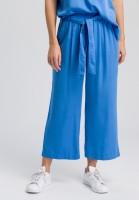 Culottes of flowing satin