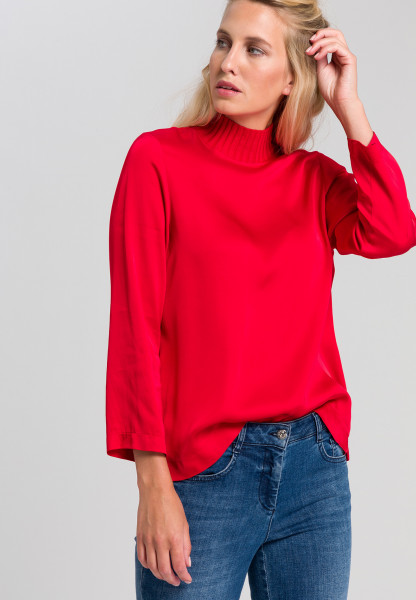 Blouse shirt with ribbed knitted collar