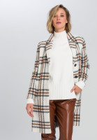 Coat In tweed diamonds