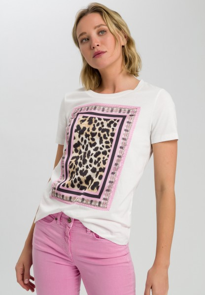 Shirt with leopard pattern