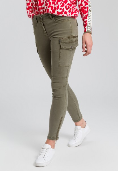 Cargo pants in shape at Slim