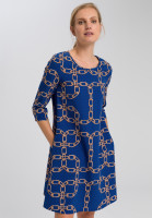 Dress with chain pressure and dots