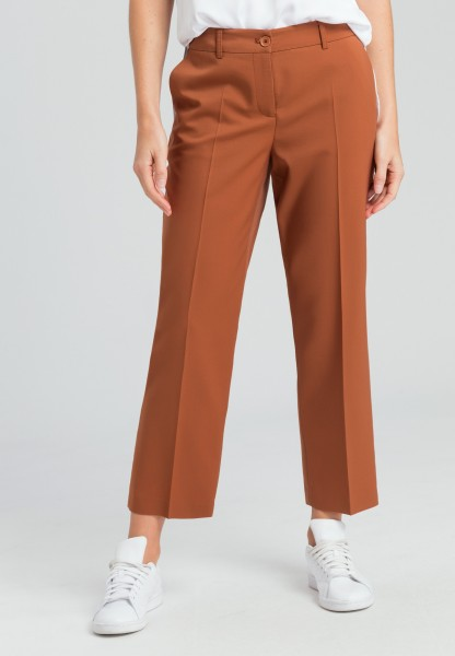 Pants with fine structure