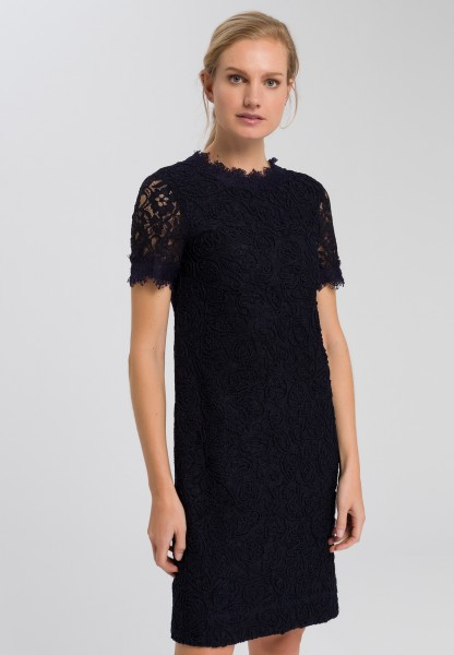 Dress embroidered lace