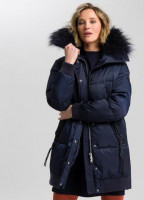 Outdoor coat with knitted cuffs and real fur