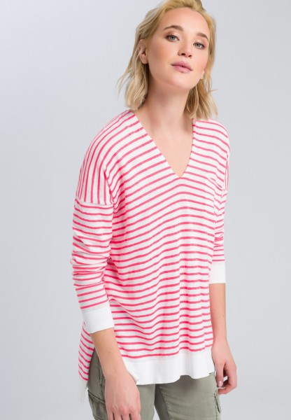 Oversized top with stripes