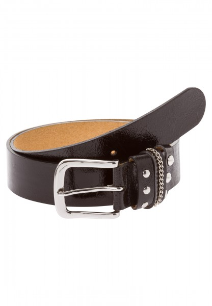 Belt with rivets and chains