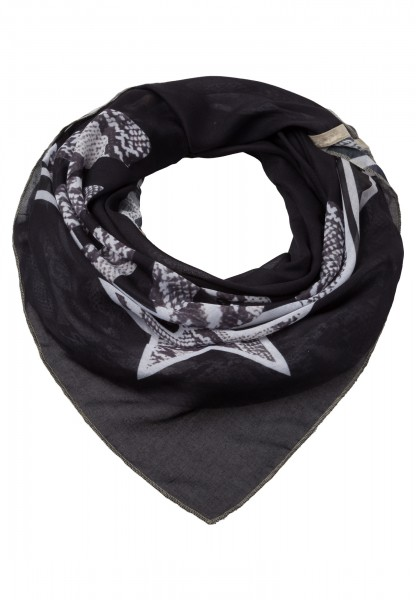 Scarf in triangle shape with snake print