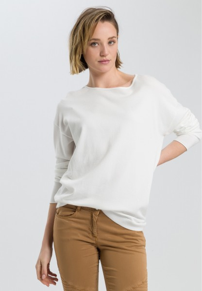 Basic jumper in an oversized look