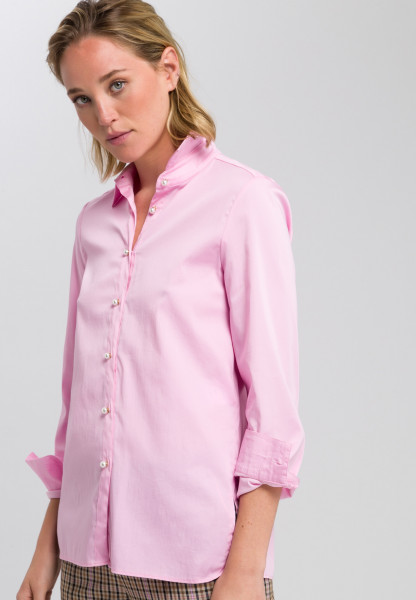 Blouse with pearl buttons