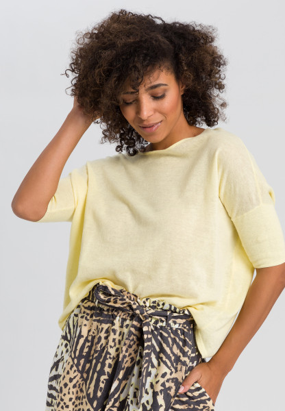 Knitted pullover in Boxy-cut