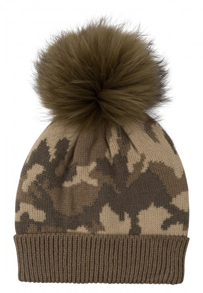 Cap in camouflage pattern