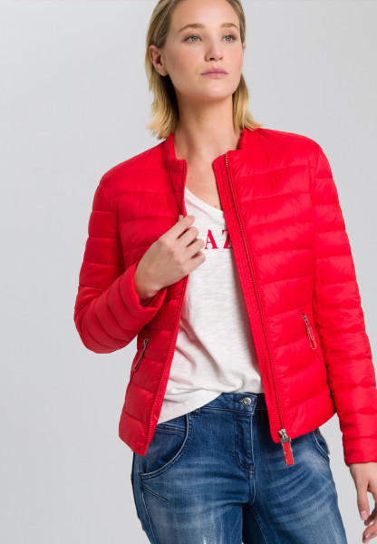 Outdoor jacket in light down processing