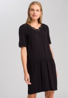 Dress with lace neckline