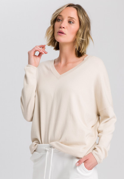V-neck sweater cashmere