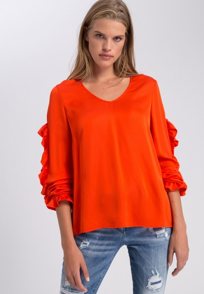 Blouse with frilled details