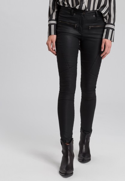 Trousers in leather look