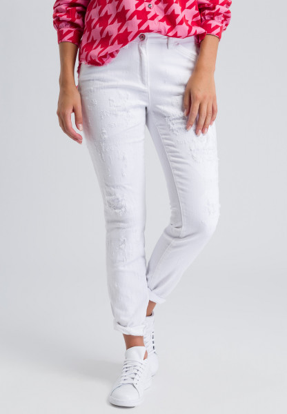Jeans with details in destroyed optics