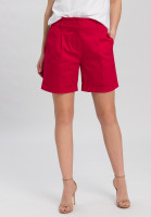 Bermudas with rolled-up edges