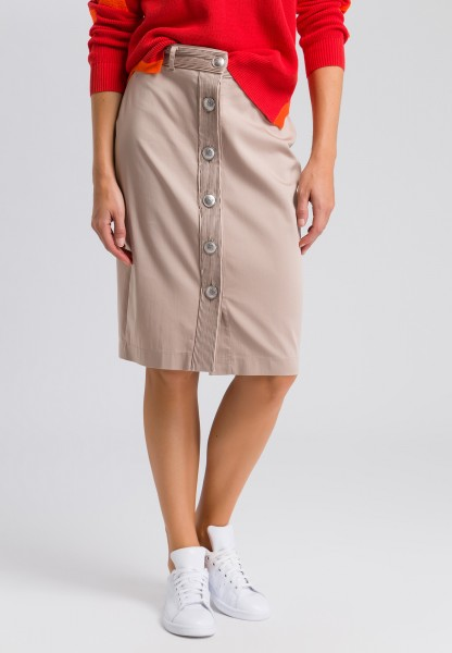 Pencil skirt with a button placket
