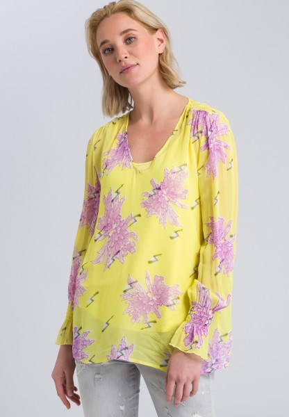 Blouse top with an all-over floral pattern
