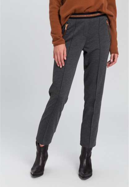Jogging pants With piping