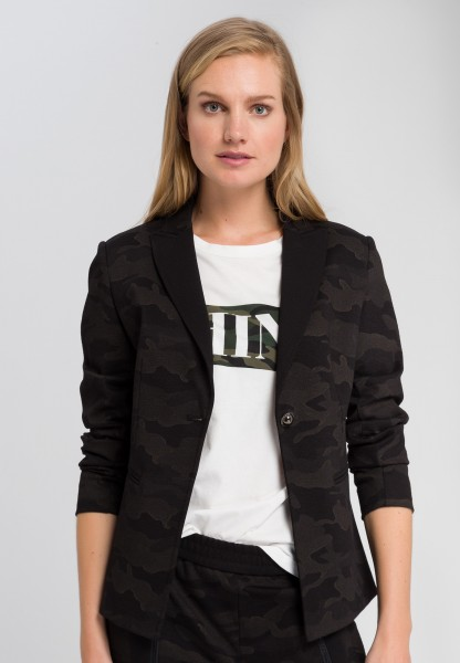 Camouflage blazer with decorative button