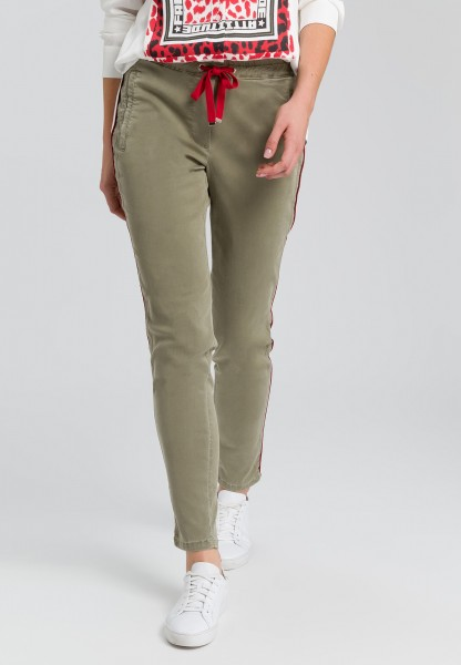 Trousers in jogging style