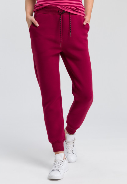 Sweatpants in elegant look